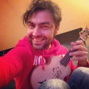 Marco Ligabue ukulele